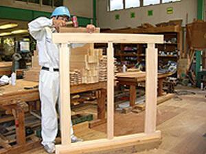 馬房裏戸製作